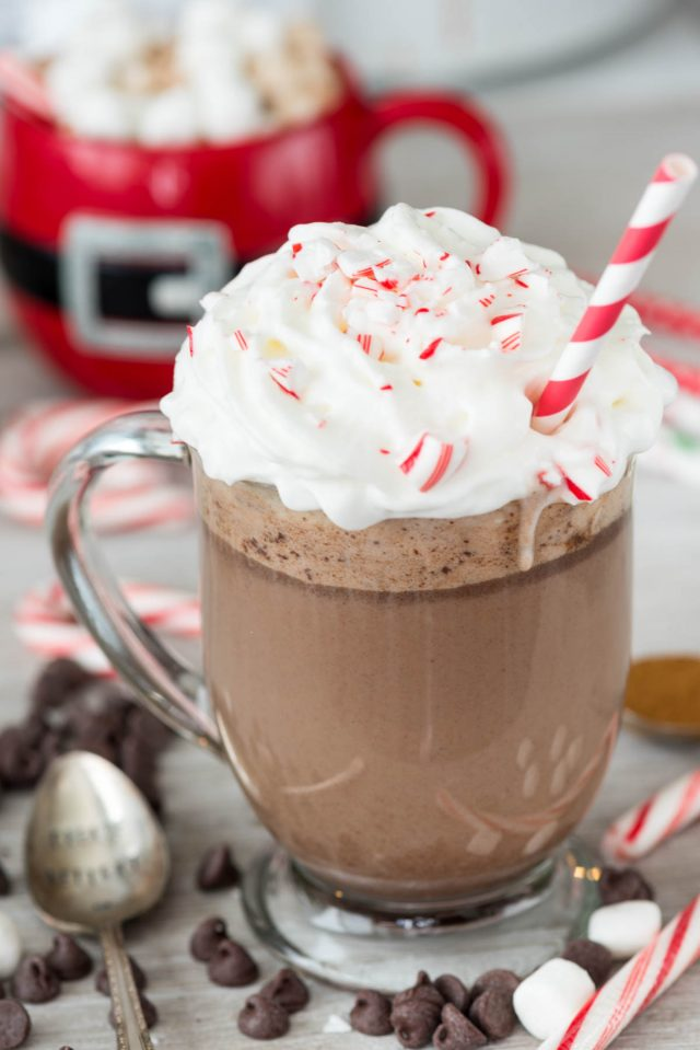 Slow Cooker Peppermint Mocha Snugglers | 15+ Hot Chocolate recipes