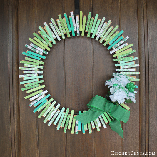 Diy Reversible Clothespin St Patrick S Day Wreath