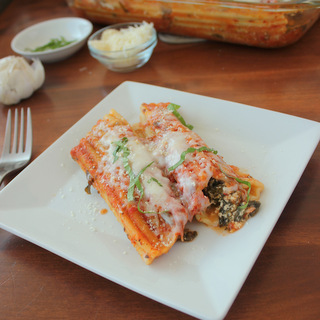Easy No-Boil Spinach and Cheese Manicotti   KitchenCents.com