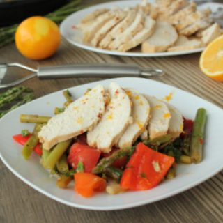 Fiery Lemon-Garlic Chicken with asparagus, green beans and Peppers | KitchenCents.com
