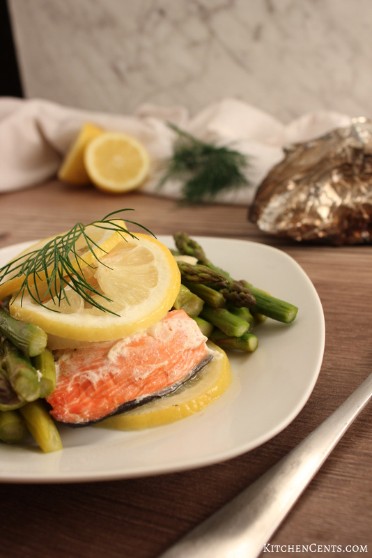 Lemon Garlic Salmon Tinfoil Dinner | KitchenCents.com