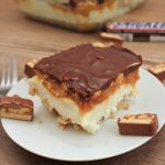 No-Bake Snickers Cheesecake Bars