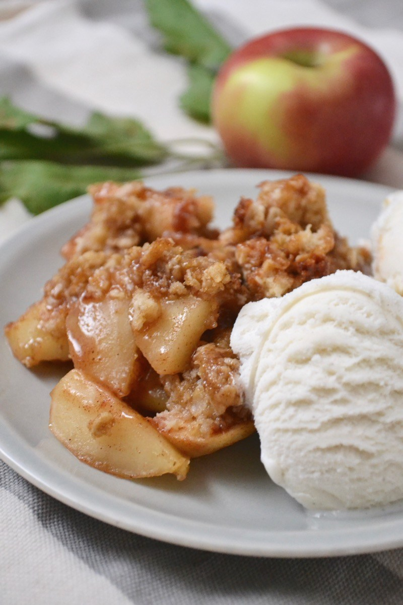 Apple Crisp | 21+ Apple Desserts