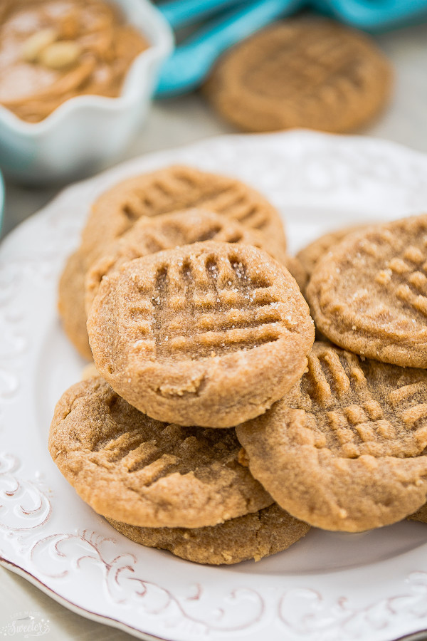 Flourless 3-Ingredient Peanut Butter Cookies | 21+ 5-Ingredients or Less Desserts