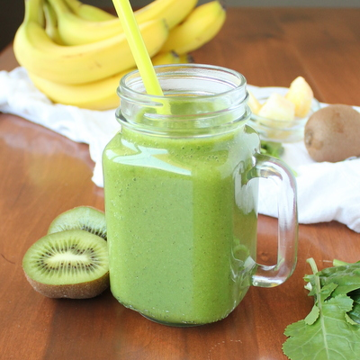 Healthy Green Smoothie | KitchenCents.com
