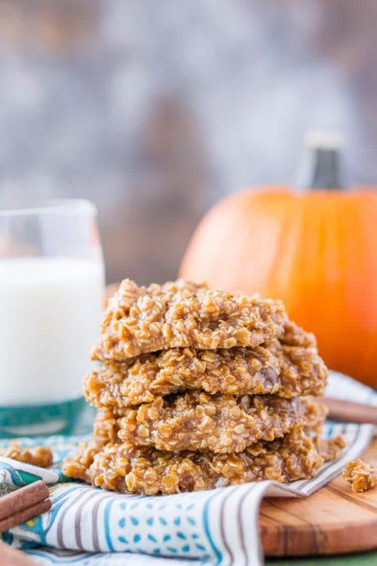 Pumpkin No-Bake Cookies | 21+ Pumpkin Desserts