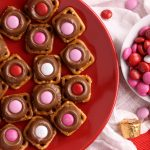 Easy Valentine's Pretzel Turtles | Kitchen Cents