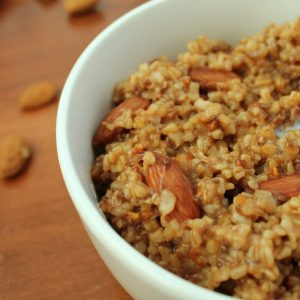 Healthy Cinnamon Almond Steel-Cut Oatmeal KitchenCents.com