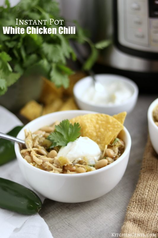 Quick 20-Minute White Chicken Chili | Kitchen cents