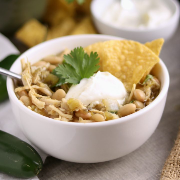 Easy Instant Pot White Chicken Chili | Kitchen cents