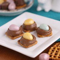 Cadbury Egg Turtle Pretzels