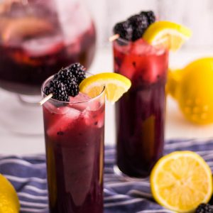 Easy Homemade Blackberry Lemonade Recipe | Kitchen Cents