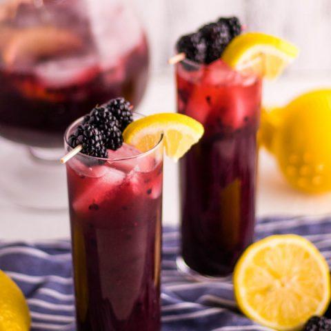 5-Minute Blackberry Lemonade