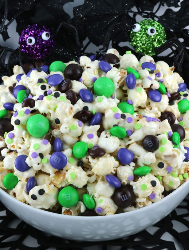 Bewitched Halloween Popcorn | 21+ Easy No Bake Halloween Treats | Kitchen Cents