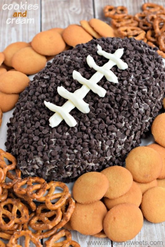 Cookies and Cream Cheese Ball | 29+ Delicious Superbowl Party Foods