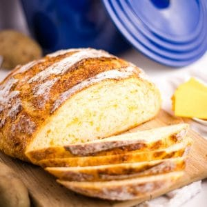 The best no-knead Easy Potato Cheddar Bread | Kitchen Cents