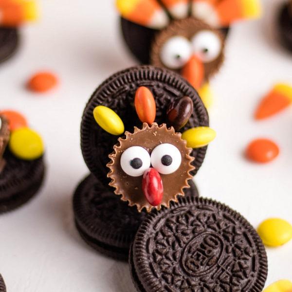 Easy Oreo Turkey Cookies | Kitchen Cents