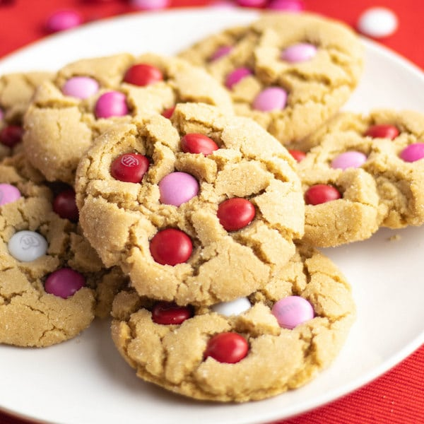 Easy Valentine's Cookies Peanut Butter Cookies with M&Ms | Kitchen Cents
