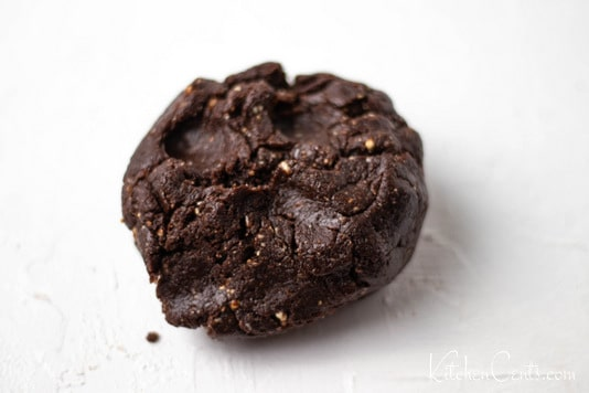 Date Hazelnut dough | Kitchen Cents