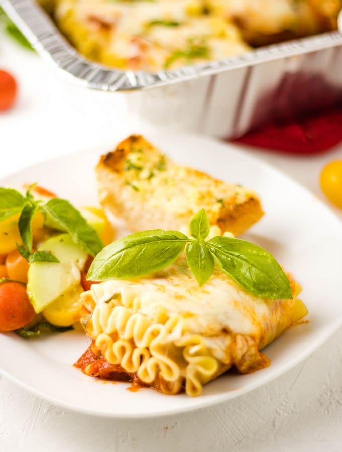 Easy Dinner Idea Lasagna Pizza Roll ups | Kitchen Cents